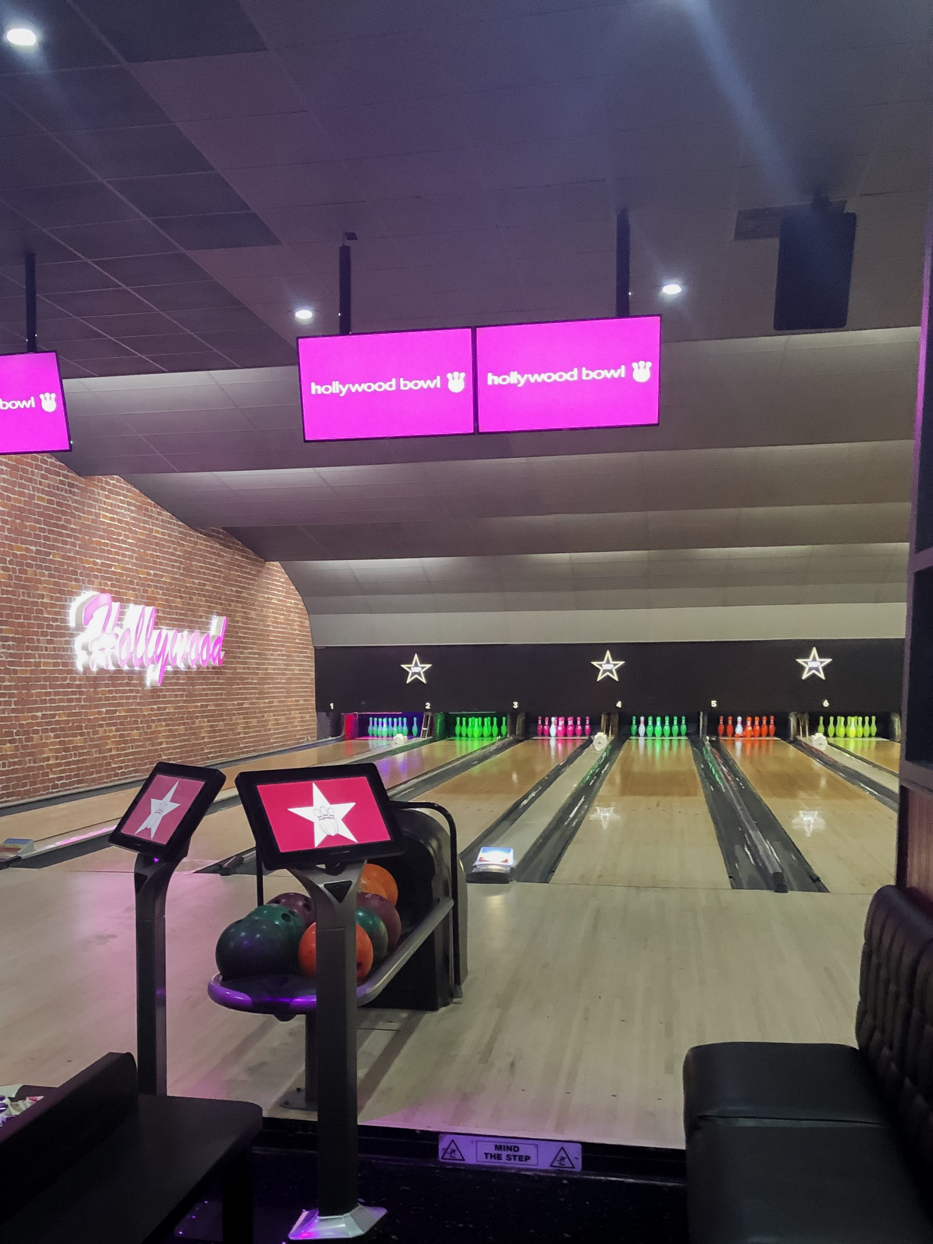 Shot of VIP lanes in Hollywood Bowl Meridian.